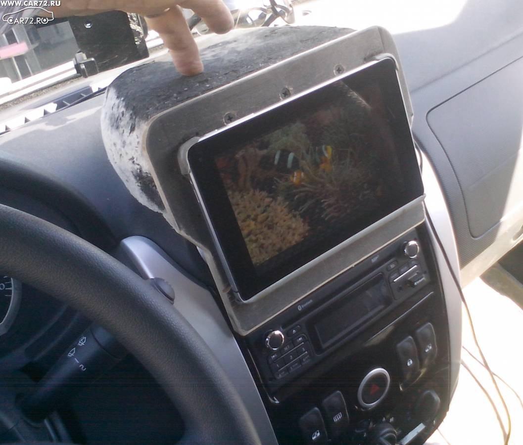 Крепление в авто для планшета своими руками